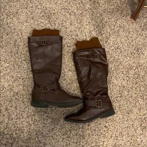 Shoes - Brown faux leather riding boots